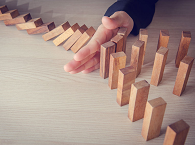 Domino effect as a result of cross shareholding
